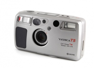 yashica_t5_argent